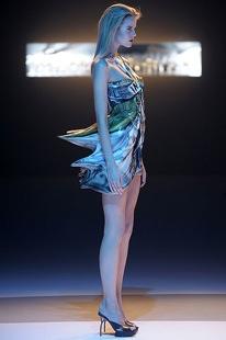 Slideshows Fashionshows S2009Rtw Hchalaya Runway 00330M