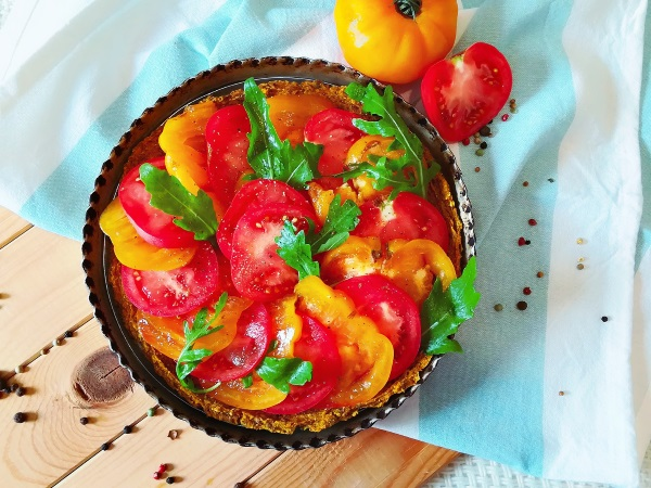 Tarte froide aux tomates anciennes