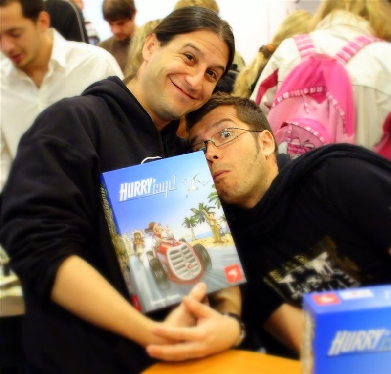 Antoine Bauza (a gauche) et Piero (à droite)