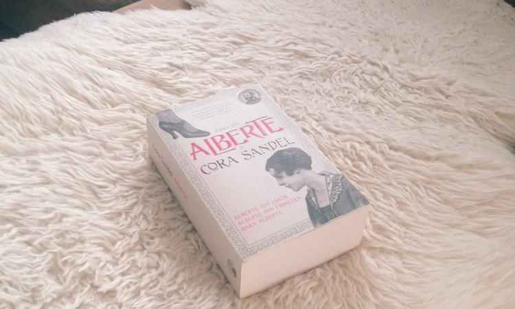 Alberte av Cora Sandel
