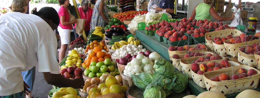 Support Local Communities by Shopping at the Farmers Markets