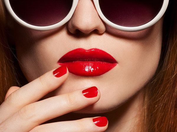 Awesome Lipstick Shades For Thick Lips - Boldsky.com
