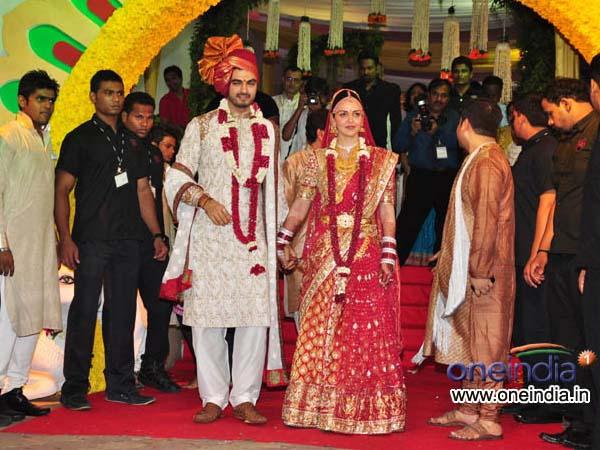 Esha Deol Wedding Attire