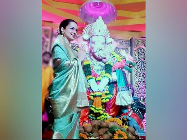 Kangana Ranaut In A Mint-Green Saree For Ganpati Celebration