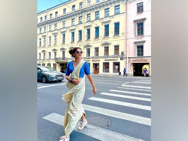 Taapsee Pannu Saree Looks