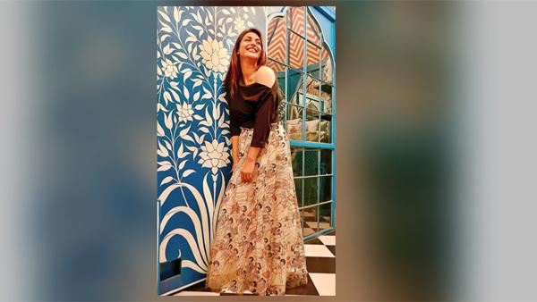 Divyanka Tripathi Dahiya Fashion