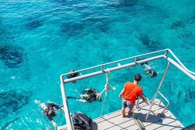 Finishing a dive at Koh Haa - Koh Lanta Diving