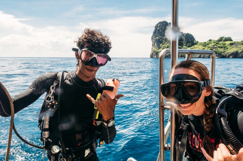 Ready for diving at Koh Haa - Koh Lanta Diving