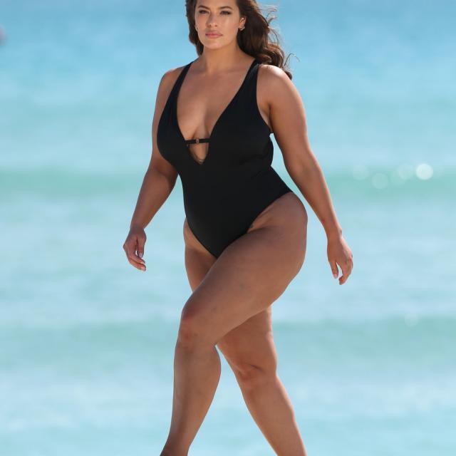 Ashley Graham's New Swimwear Line Uses Unedited Paparazzi Photos