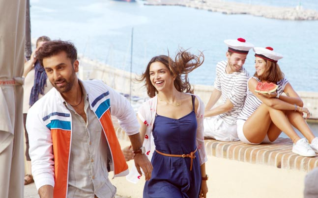 tamasha-first-look-story_647_072815122825