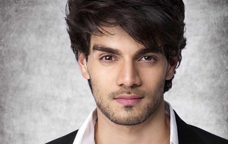 Sooraj Pancholi geeft toe dat het moeilijk is om werk te vinden in Bollywood