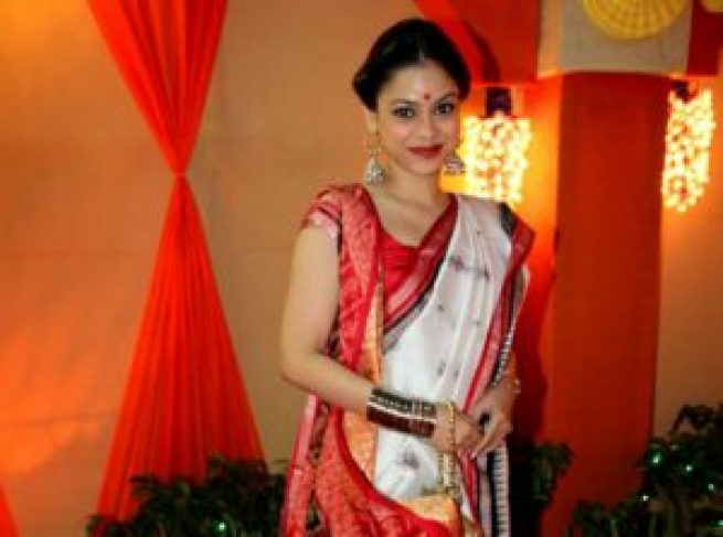sumona-chakravarti-Biography