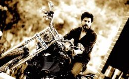 shah-rukh-khan-Wiki-Biography-Personal-Details-Age-Social-Media
