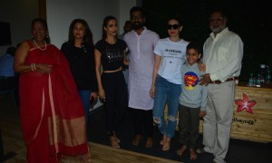 PHOTOS, Malaika Arora, Karishma Kapoor, Amrita Arora, Diva Yoga