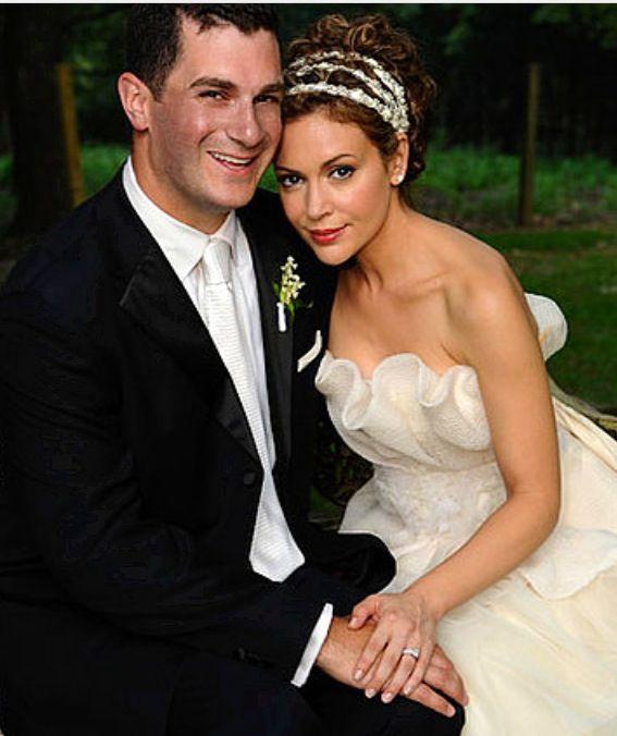 Dave Bugliari Wiki Net Worth Height Girlfriend Wife Bio Profession husband of Hollywood actress Alyssa Milano ......