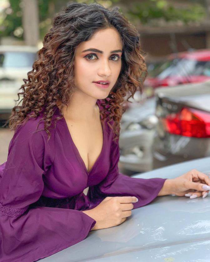 Tik Tok Star Nisha Guragain 11 Hot Cute Pictures