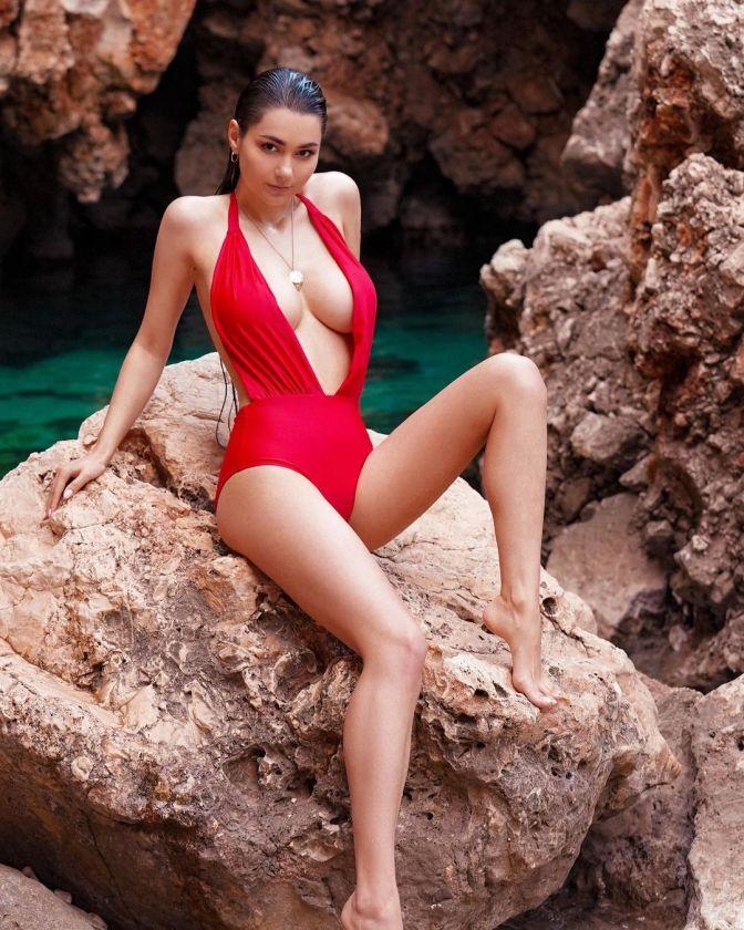 Helga Lovekaty 11 Hot Stunning Gorgeous Pictures