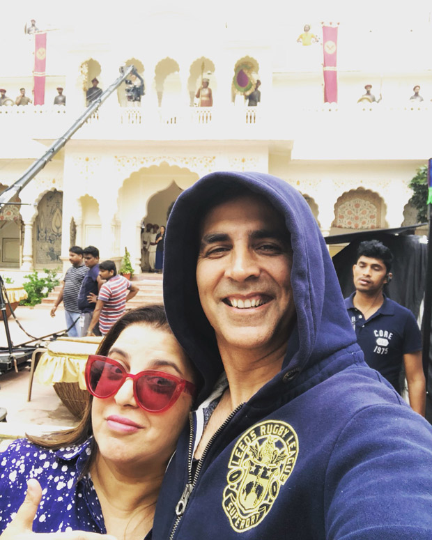 Housefull 4: Akshay Kumar and Farah Khan's early bird selfie from the sets will give you work goals!