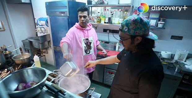 Star Vs Food: From chopping onions to not able to find turmeric, Karan Johar brings chaos, panic and unsavoury jokes to the kitchen