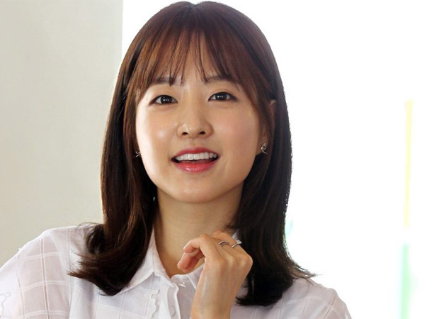 Doom at Your Service actress Park Bo Young donates 1 lakh masks to paramedics and firefighters (2)