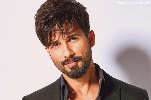 R Rajkumar Hd Wallpaper Shahid Kapoor Admits Hrithik Roshan Is The Best Dancer In