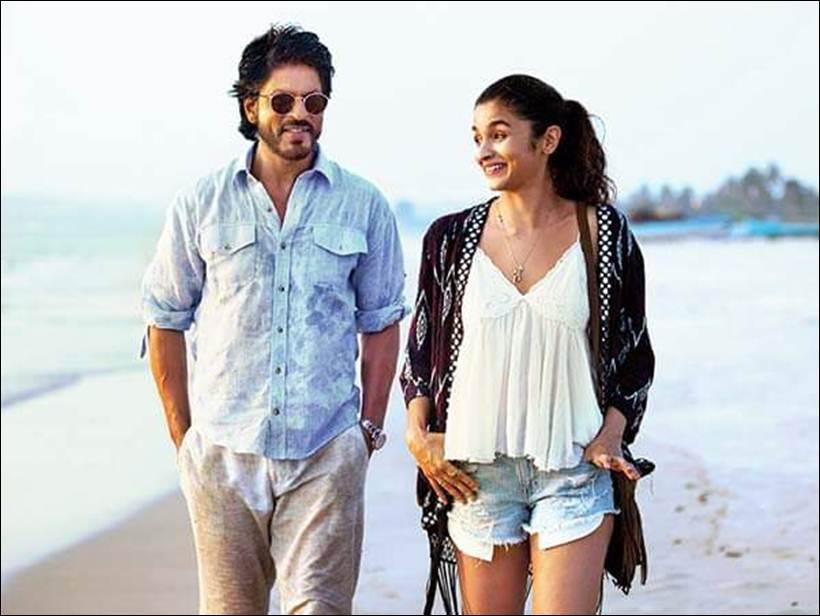 Srk Hd Wallpapers Dear Zindagi Deleted Scene Shah Rukh Khan Takes Alia