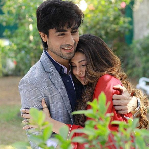 Spoiler Alert! Harshad Chopra aka Aditya to fall in love with Jennifer Winget aka Zoya and protect her from Vaishnavi Dhanraj aka Mahi in Bepannaah