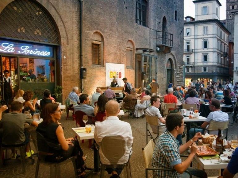 Tapas and beer Fest Bologna per strada  BOLOGNA DA VIVERECOM magazine