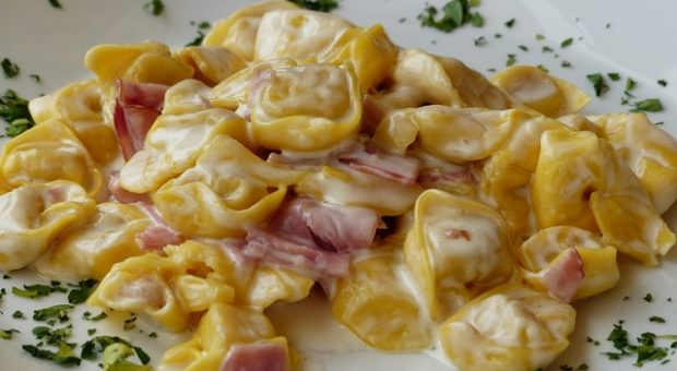 Piatti tipici bolognesi dal rag ai tortellini 3 ricette della tradizione  Bologna Weekend