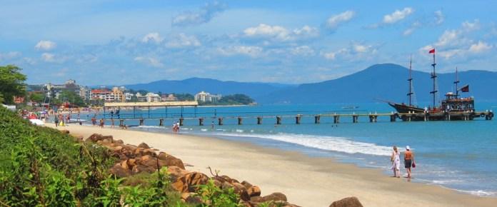 Canasvieiras uma das praias de Florianopolis