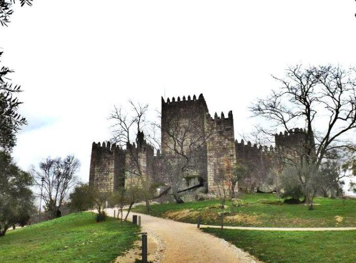 Castelo de Guimarães em Portugal