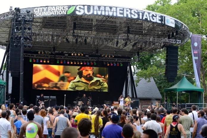 Festival brasileiro de 2013 no verão do Central park