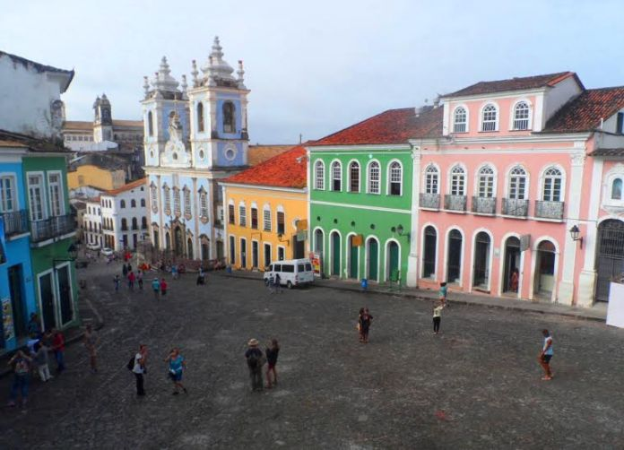 Foto do Farol da Barra em Salvador