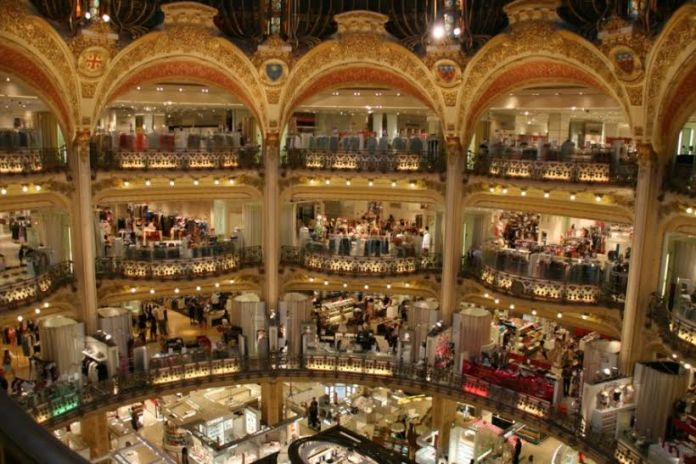 Foto das Galerias Lafayette em Paris