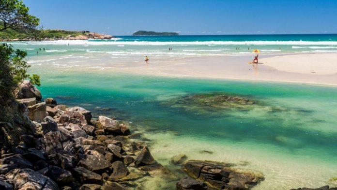 Guarda do Embaú é uma das melhores praias de Santa Catarina