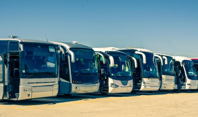 Fretar ônibus