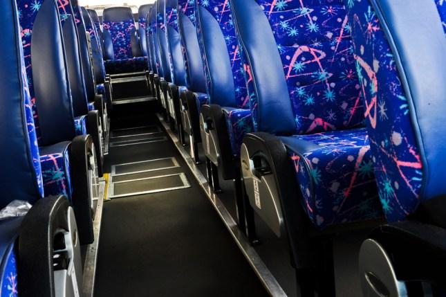 ônibus semi leito