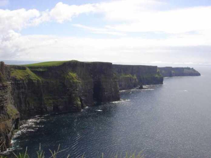 Cliffs of Moher, uma das principais atrações da Irlanda,