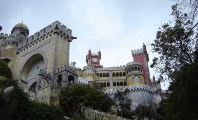 Palácio da Pena, um dos lugares mais bonitos para se visitar em Portugal