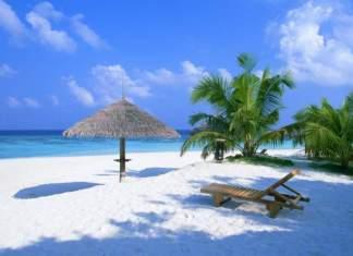 As 8 praias mais bonitas de Porto de Galinhas em Ipojuca / Pernambuco