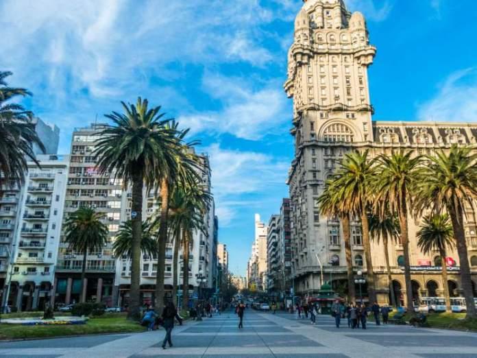Montevidéu é um destino africano para quem deseja viajar em fevereiro