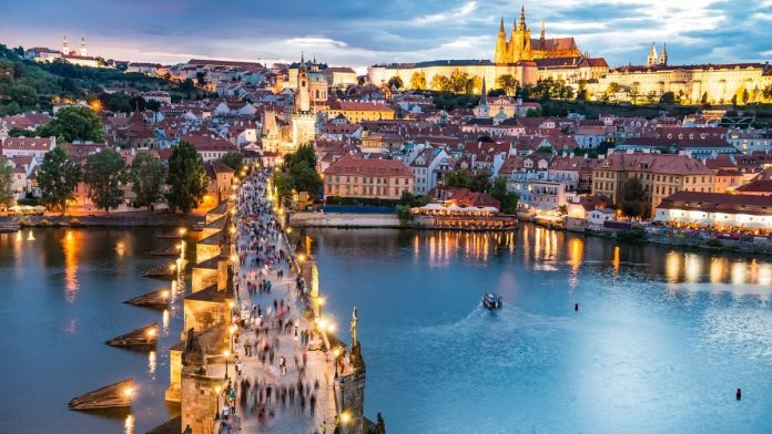 Vista aérea de Praga, República Checa.