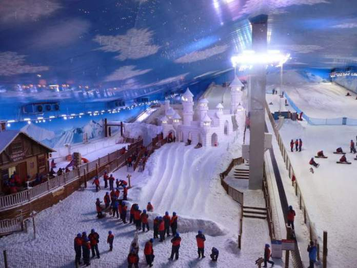 Snowland em Gramado é um dos lugares mais divertidos para viajar com crianças