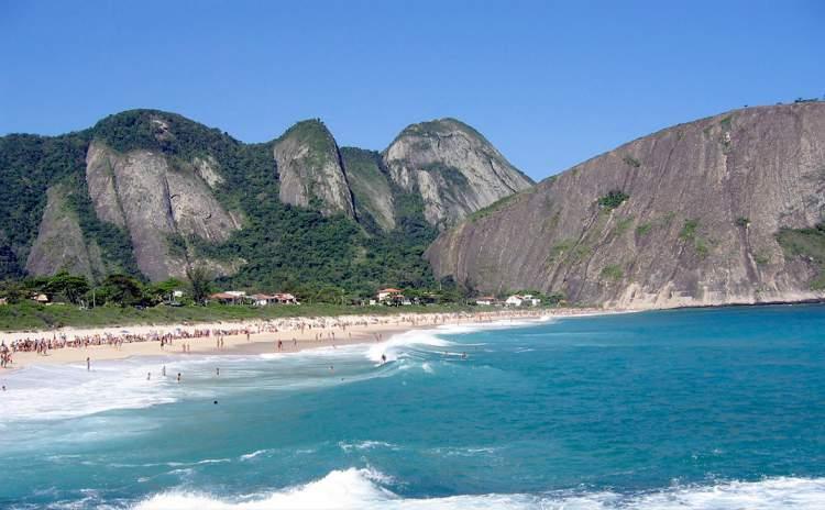 Itacoatiara em Niterói - Rio de Janeiro é uma das praias mais bonitas do Brasil