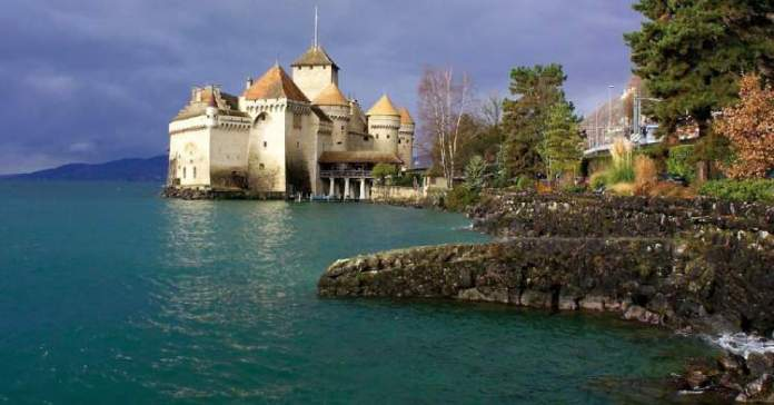 Montreux Riviera na Suiça