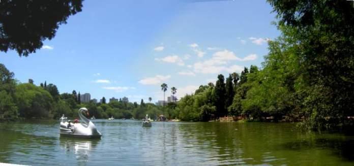 Parque Farroupilha ou Redenção é um dos passeios em Porto Alegre