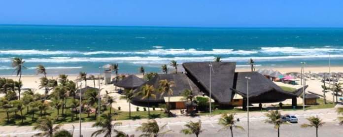 Praia do Futuro é uma das praias mais bonitas de Fortaleza