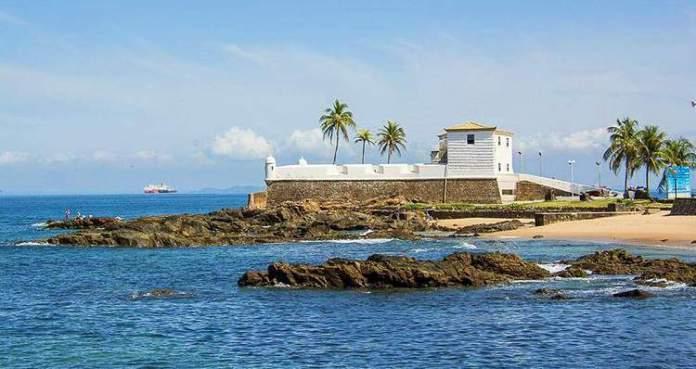 Praia do Porto da Barra é uma das praias mais bonitas de Salvador