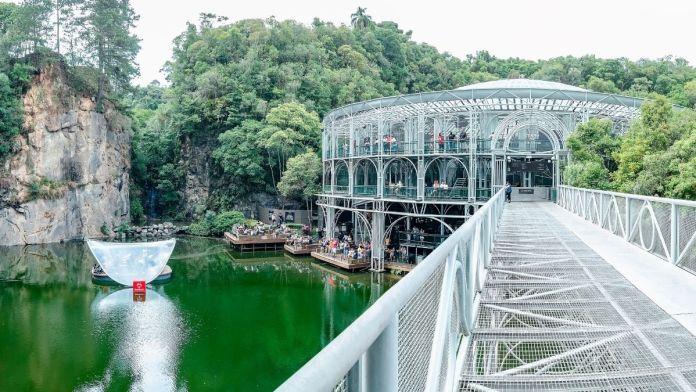 Ópera de Arame é um dos lugares fantásticos para se conhecer em Curitiba