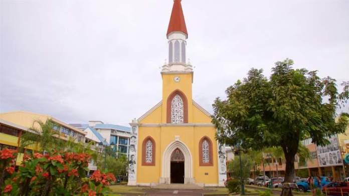 Catedral de Papeete é um dos pontos turísticos mais lindos do Tahiti